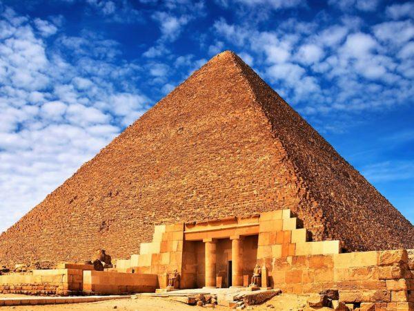 Pyramide de Quéops (2)