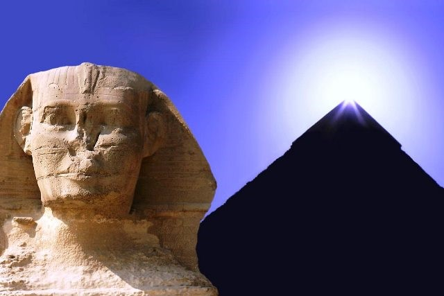 Terra do Egito. As Pirâmides
