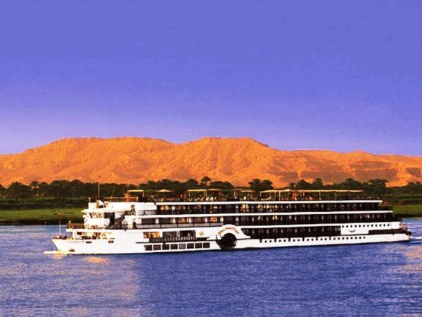 Egito Clássico com Cruzeiro no Nilo e Ain Sokhna