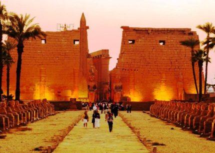 Egito Milenar com Abu Simbel